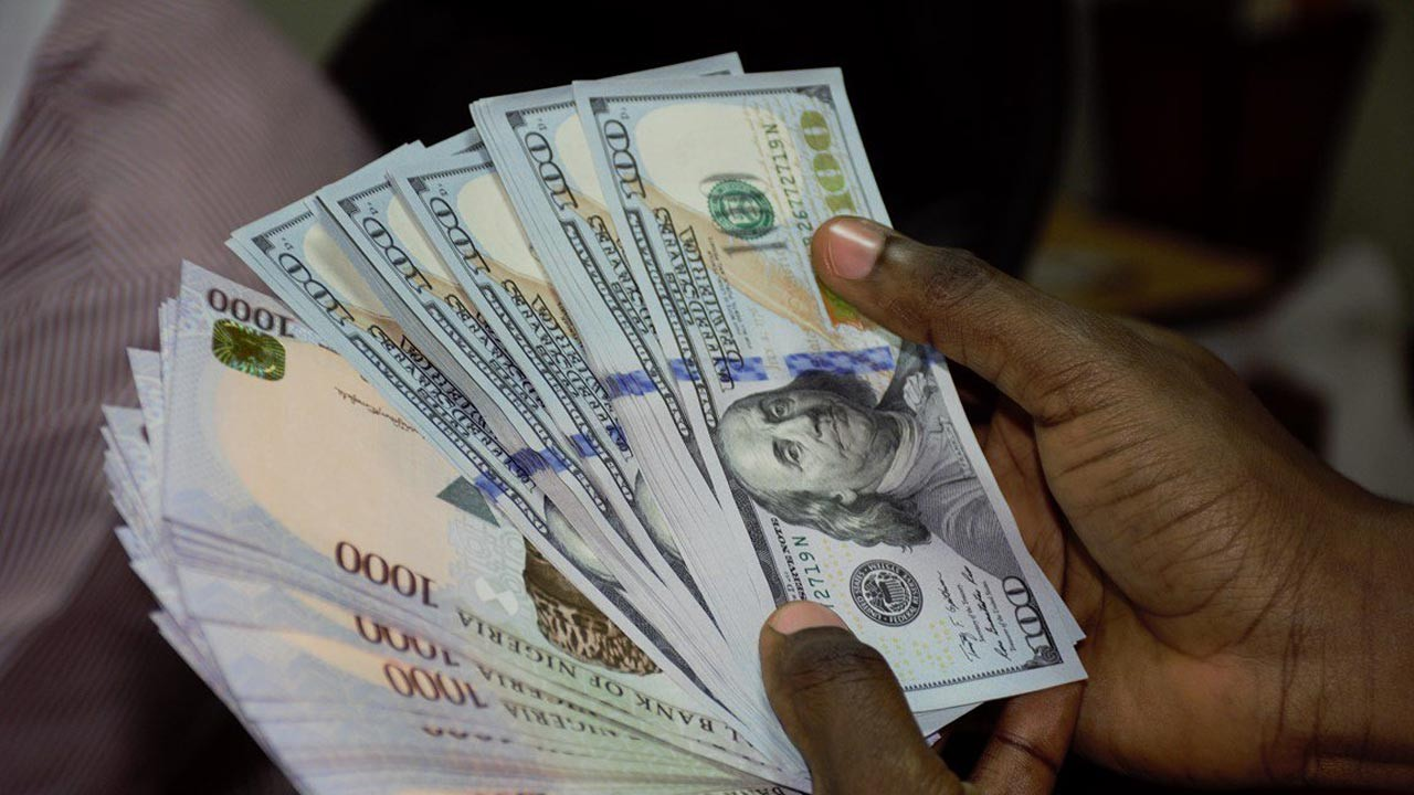 Naira now N550 to $1